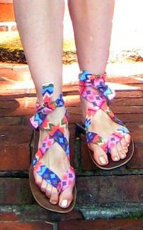 Cassie Stephens: That 70's Shoe #DIY