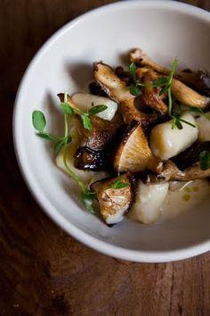 Gnocchi, lemon cream sauce and mushrooms