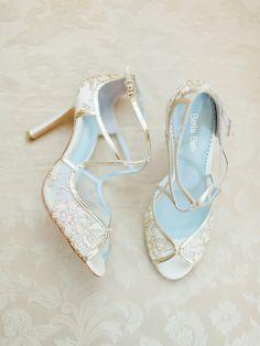 Pretty gold wedding shoes
