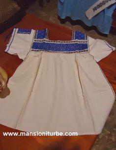 textiles clothes handicrafts at Lake Pátzcuaro Region