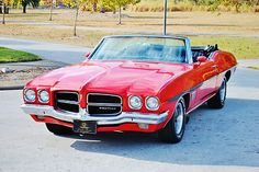 1971 Pontiac LeMans Convertible mine was silver! Pontiac Lemans, Pontiac Cars, General Motors, Buick, 70 Chevelle Ss, Convertible, Counting Cars, Performance Cars, Vintage Cars