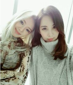 SNSD SeoHyun came to support HyoYeon's 'Mystery' debut on Inkigayo ~ Wonderful Generation ~ All About SNSD, Wonder Girls, and f(x)