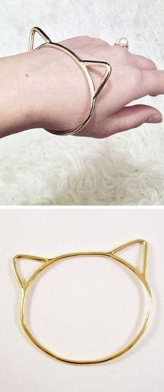 Kitty Bangle Bracelet ♥