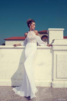 Fantastic Julie Vino wedding dress.