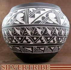 Authentic Acoma Pottery Hand crafted by Native American Indian Artists E & L Vallo Jr. KS51289