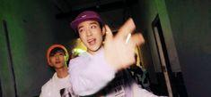 Read 💐NCT [PEDIDO]💐 from the story NCT Reacciones by Crookedsunsetglow (🥀Crooked🌙) with reads. NCT cuando su novia (tu) tiene he. Jeno Nct, Dave Grohl, Wattpad, Fanfiction, Bon Scott, Nirvana Kurt Cobain, Smells Like Teen Spirit, Grunge, Na Jaemin