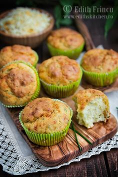 Sour cream and chives muffins