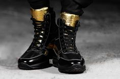 Upper in full grain nappa leather and shiny black calfskinLining in soft goatskinInsole in genuine leatherLightweight high quality rubber outsole anti-slip Soho, Elevator, Luxury Shoes, Sneakers, Combat Boots, Boards, Detail, Leather, How To Wear