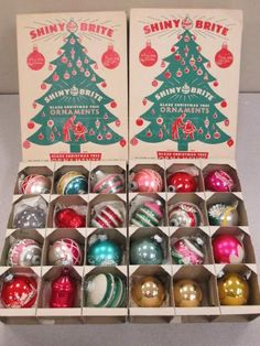 1966 Shiny Brite ad | Ornaments 1960 - 1970 | Pinterest | Vintage ...