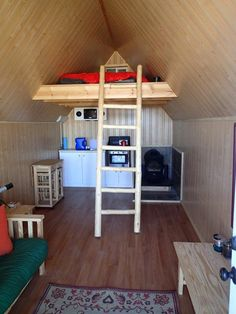 Come on in to see Andrew Cox's 200 sq. off grid tiny house that can sleep up to four and is hidden in the desert. Off Grid Tiny House, Tiny House Swoon, Off Grid Cabin, Tiny Cabins, Cabins And Cottages, Concrete Pad, Bus Living, Natural Building, Tiny Spaces