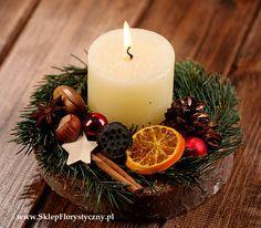 Stroik bożonarodzeniowy na plastrze drewna 1
