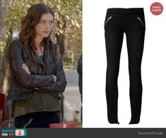 Hayley's zip pocket leggings on The Originals.  Outfit Details: http://wornontv.net/44714/ #TheOriginals
