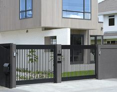 Stylish automatic driveway gates, NZ made, custom designed with smart automation to secure your site. Mark Barden and the InStyle Gates Team have years experience, all product and work guaranteed. House Fence Design, Fence Gate Design, Modern Fence Design, Steel Gate Design, Front Gate Design, Main Gate Design, Door Design, Front Gates, Entrance Gates