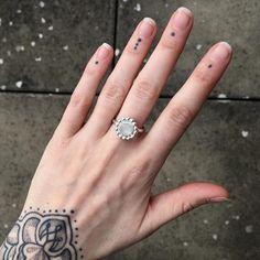 Silver Work, Moonstone Ring, Class Ring, Gems, Jewels, Rings, Instagram Posts, Bijoux, Rhinestones
