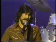Alabama Peforming Love in the First Degree From 1981 On the Barbrall Mandrell And Mandrell Sisters show. This is from 1981. Please Enjoy