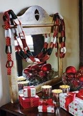 Christmas Chains from Debbie Bliss Magazine #11 at KnittingFever.com So fun!