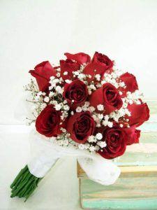 Clasico Y Elegante Hermoso Ramo De Rosas Rojas Y Blancas Con