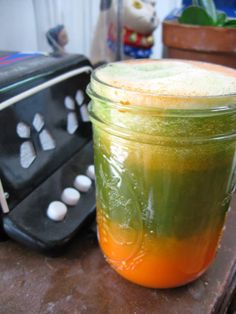 Green veggie juice for treating yeast infectionhttp://www.homeremedieslook.net/2013/06/home-remedies-for-yeast-infection-in-women-and-men.html