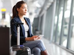 We love traveling, but one thing we could do without is the long plane ride. If you're facing an upcoming trip with an extremely long travel time, our readers share their best tips on how to survive long flights. Find out what they are! Business Travel, Business Women, Back To Work After Vacation, Plane Ride, Travel Nursing, Nursing Jobs, Nursing Major, Long Flights, Woman Smile