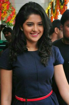 دئکشا سیٹھ ۔  Deeksha Seth. Tollywood Actress