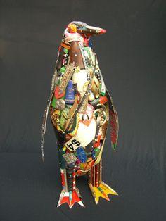 How to Recycle: Amazing Junk Art Sculptures Made from Everyday Waste art sculpture Bird Sculpture, Animal Sculptures, Waste Art, Amazing Animals, Trash Art, Found Object Art, Junk Art, A Level Art, Recycled Art