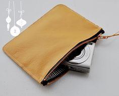 DIY: small leather bag