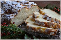 Máslová vánočka Czech Recipes, Ethnic Recipes, Bread And Pastries, Sweet Bread, Cheesesteak, Biscotti, Christmas Cookies, Sweet Recipes, Camembert Cheese