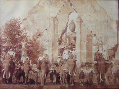 Elephant Trekking, Elephant Ride, Thai Elephant, Old Pictures, Old Photos, Vintage Photos, Old Postcards, Photo Postcards, Thailand History