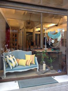Caravan Barcelona - concept store - Borne - good2b lifestyle Barcelona & Madrid