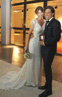 Tras un breve noviazgo de un año y ocho meses, se casó con el empresario correntino Leonardo Squarzon, ex tenista y antiguo entrenador de Guillermo Coria
