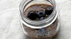 Tämä jälkkäriherkku on täynnä antioksidantteja, omega 3 -rasvahappoja ja proteiinia.