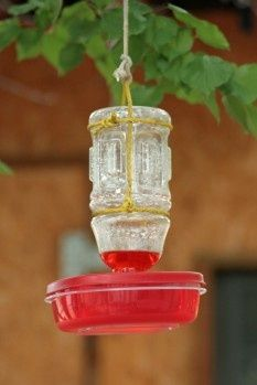 Easy, cheap hummingbird feeder to make from items you may already have around your home. gardening