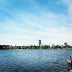 summer in the city 💖🌞 Vienna, San Francisco Skyline, New York Skyline, City, Summer, Travel, Summer Time, Viajes, Cities