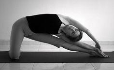 Top DIY Health Remedies - http://www.tophealthremedies.com/top-5-yoga-exercises-to-get-rid-of-love-handles/