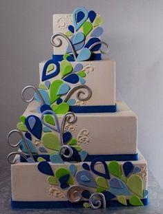 Peacock Inspired Wedding Cake......JUST FOUND MY FUTURE WEDDING CAKE!