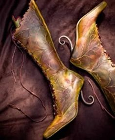 These are incredible boots, but I think I'd hurt myself on those heels! Pendragon Shoes