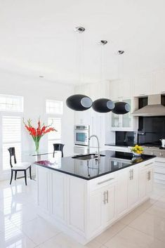 There are five ways to renovate your kitchen, #HowtoRenovateAKitchenOnaBudget #HowtoRenovateAKitchenTable #HowtoRenovateAKitchenCounterTops #HowtoRenovateAKitchenIsland #HowtoRenovateAKitchenOakCabinets #HowtoRenovateAKitchenTips #HowtoRenovateAKitchenCabinets #HowtoRenovateAKitchenOnaBudgetCabinets Dining Room Wall Decor, Dining Room Lighting, Dining Room Design, Dining Room Table, Kitchen Decor, White Shaker Kitchen Cabinets, Best Kitchen Designs, Cool Kitchens, Kitchen Remodel