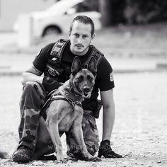 Equipe cynophile gendarmerie [Ref:1316-38-1020] #gendarmerienationale #K9unit #maitrechien #equipecyno #portrait #chien #dog