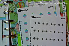 How to Make Your Own Planner Stickers- Use Avery labels and their easy to use software to create your own planner stickers for your Filofax, ECLP, and more!