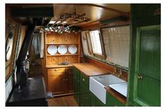 Very nice galley . the dresser and the cook stove. Narrowboat Kitchen, Narrowboat Interiors, Canal Boat Interior, Barge Interior, Canal Barge, Houseboat Living, Make A Boat, Boat Stuff, Tiny House Movement