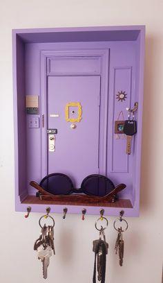 Friends Merchandise, Wall Key Holder, Diy Key Holder, Key Holders, Apartment Door, Decoration Inspiration, Cute Room Decor, New Room, Diy Home Decor