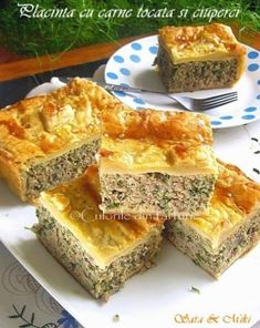 » Placinta cu carne tocata si ciuperciCulorile din Farfurie Puff Pastry Recipes, Cooking Recipes, Healthy Recipes, Antipasto, Main Dishes, Good Food, Food And Drink, Appetizers, Favorite Recipes