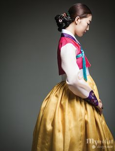 Hanbok, korean traditional clothes / My wedding / 여인女人 / 숙현한복 Korean Traditional Dress, Traditional Fashion, Traditional Dresses, Korean Dress, Korean Outfits, Korea Fashion, Asian Fashion, Modern Hanbok, Culture Clothing