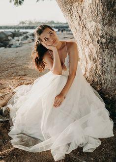 Waikiki Bridal Session — Haili Wise Photography Whimsical Wedding Inspiration, Elopement Inspiration, Maui Weddings, Hawaii Wedding, Bridal Session, Bridal Hair And Makeup, Groom Style, Elopements, Wedding Photos