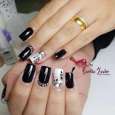 Pretty in black nail art Gel Nail Art, Nail Art Diy, Acrylic Nails, Gorgeous Nails, Pretty Nails, Fabulous Nails, Square Nail Designs, Nail Art Designs, Cute Spring Nails
