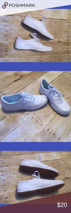 White leather keds White leather keds - very clean / a little bit of scuffing shown in picture but lots of life stills in them Keds Shoes
