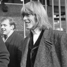 David Bowie, Ziggy Stardust, The Thin White Duke or plain ol' David Jones (as his mum liked to call him) is 67 today. David Jones, Joey Ramone, Linda Mccartney, Patti Smith, Ziggy Stardust, Dorian Gray, Keith Richards, Backstreet Boys, Brixton