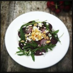 Beetroot salad with goatcheese