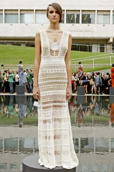 Runway Spring Summer 2011 at Lincoln Center Reflecting Pool
