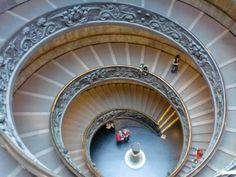 Fotografía: Isabel Cisneros - Roma Cisneros, Stairs, Holiday, Home Decor, Vacations, Vatican, Museum, Rome, Art